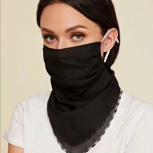 Accessories - Convertible Scarf / Mask / Face Covering